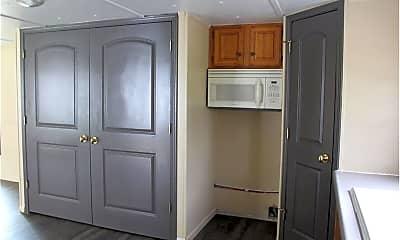 Bedroom, 411 Prospect St, 2