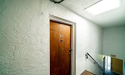Bathroom, 2700 N Hwy A1A 3203, 1