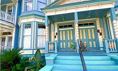 Building, 303 E Henry St, 0