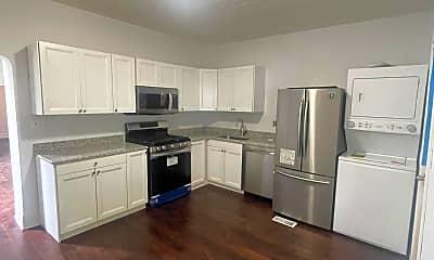 Kitchen, 570 Stanley Ave, 2