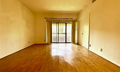 Living Room, 1919S S Braeswood Blvd 11C, 1