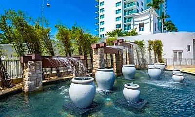 Pool, 2681 N Flamingo Rd 606, 1