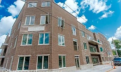 Building, 529 Chestnut St, 1