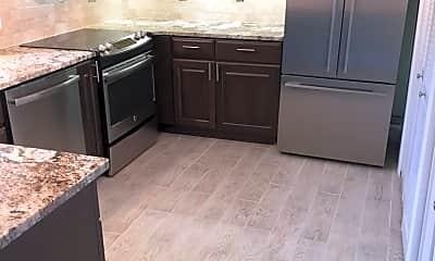 Kitchen, 15 President Point Dr, 1