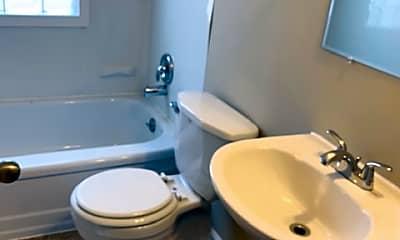 Bathroom, 4503 N 76th St, 2