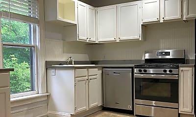 Kitchen, 556 Lafayette Ave SE, 1