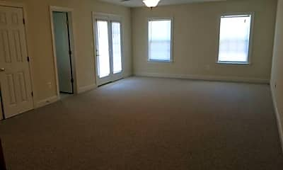 Living Room, 22521 Landing Way, 1