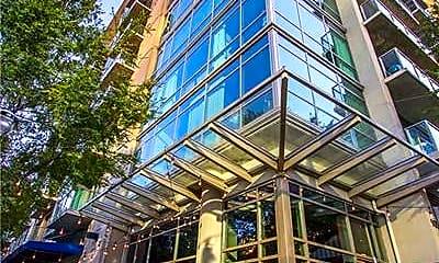 Building, 905 Juniper St NE 802, 0