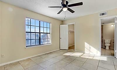 Bedroom, 9920 Forest Ln 303, 2