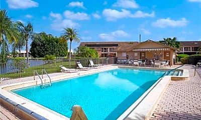 Pool, 1011 SE 38th Terrace 2206, 1