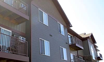 Building, Cedar Pointe Apartments, 0