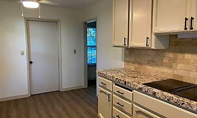 Kitchen, 2705 Hobart Way, 2
