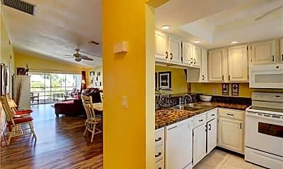 Kitchen, 2936 Oleander St A4, 1