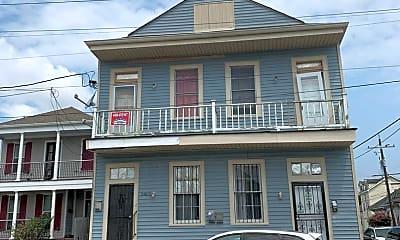 Building, 2401 Magnolia St, 0