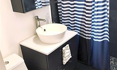 Bathroom, 118 Corbin Ave 403, 2