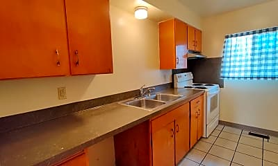 Kitchen, 624 W Yakima St, 1