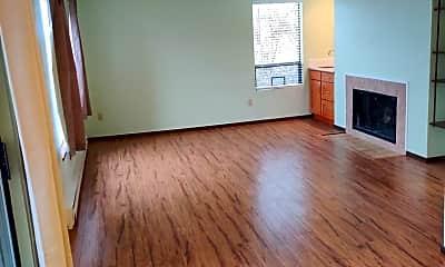 Living Room, 1319 S Puget Dr, 0