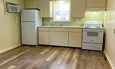 Kitchen, 623 SW Summit Ave, 0