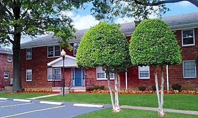 Building, 2001 Peabody Court, 1