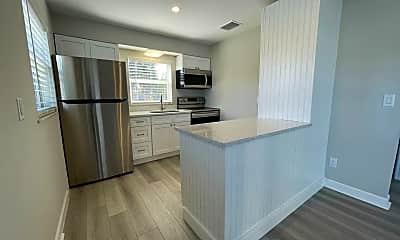 Kitchen, 661 Hernando St, 0