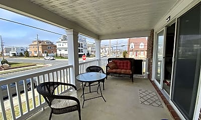 Patio / Deck, 3000 Pacific Ave, 2