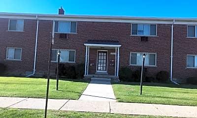 Building, 26823 Elm St, 0