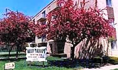 Valley Plaza, 0