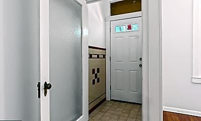 Bathroom, 2121 S 19th St, 1