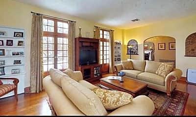 Living Room, 704 Devonshire St, 1