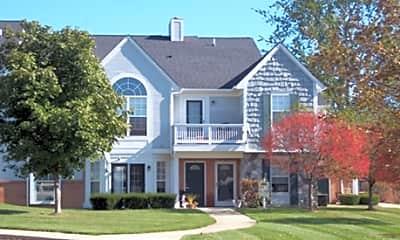 Brookwood Farms Apartments, 1