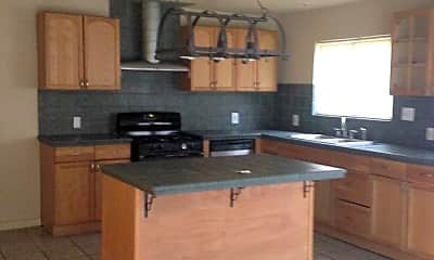 Kitchen, 4530 39th Ave, 1