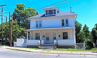 Building, 8 N Court St, 2