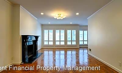 Living Room, 190 Forest Knolls Dr, 1