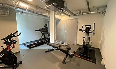 Fitness Weight Room, 4735 32nd Ave S, 2
