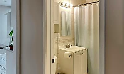 Bathroom, 5639 Hayter Ave, 2