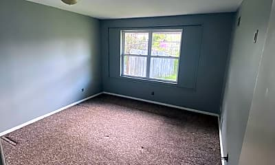 Living Room, 2297 W Bloomfield Rd, 2