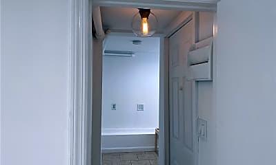 Bathroom, 312 W Chester St, 2