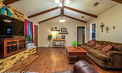 Living Room, 225 N Terry Dr, 1