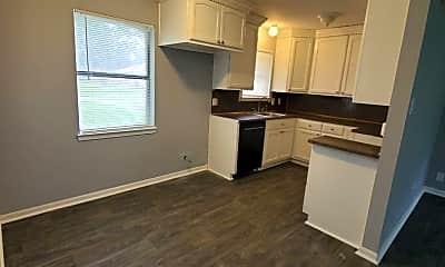 Kitchen, 355 Richlighter St, 1