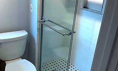 Bathroom, 90 Revere St, 2