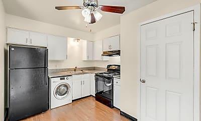 Kitchen, 120 E Grace Pl, 0