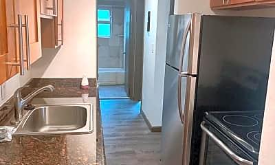 Kitchen, 2350 Beacon AVE S, 1