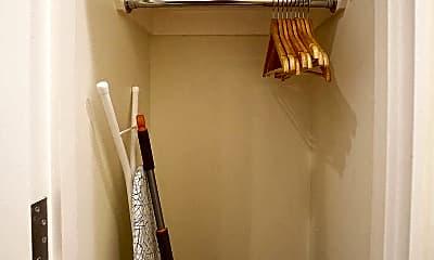 Bathroom, 24 W 88th St, 2