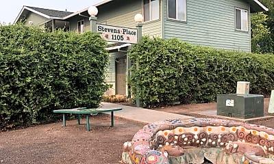 Stevens Place, 1
