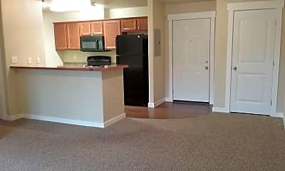 Living Room, 4022 N Player Dr, 1