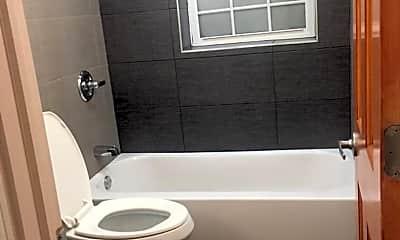 Bathroom, 844 N Harding Ave, 2