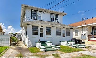Building, 2706 Aubry St, 0