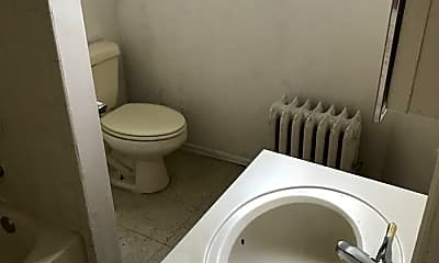 Bathroom, 1163 E State St, 1