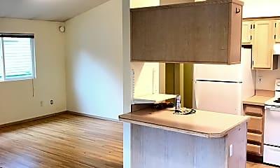 Living Room, 5205 11th Ave NE Unit B, 1
