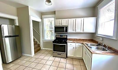 Kitchen, 3317 Bassett Road, 2